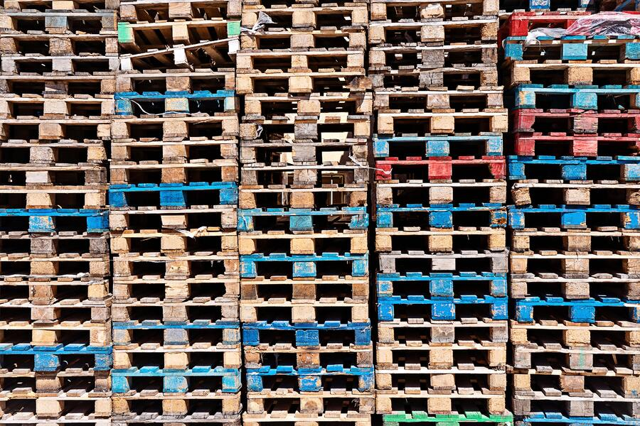pallet-pattern-pile-abstract-seamless-industrial-cargo-board-background-box-brown-business_t20_kRYB6x