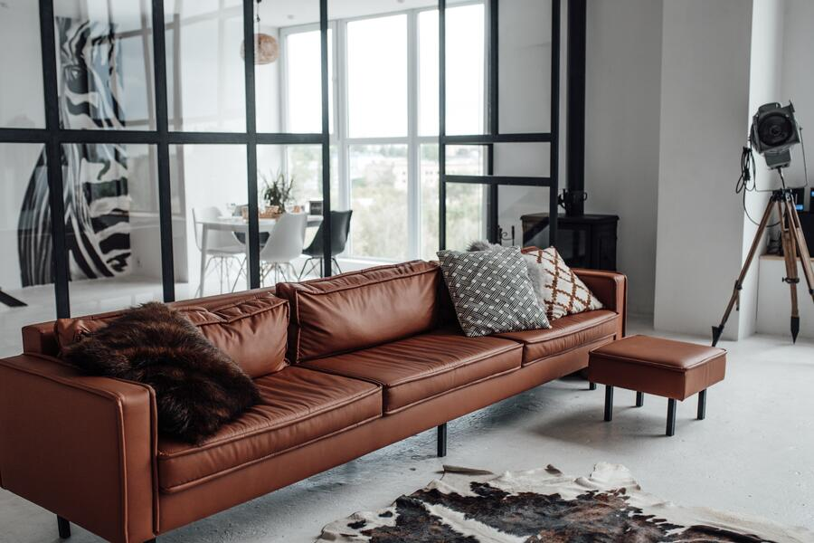 sofa-room-couch-comfort-pillows-interior-design-decorative-pillows-comfy-couch-on-the-couch_t20_lLLN7Q