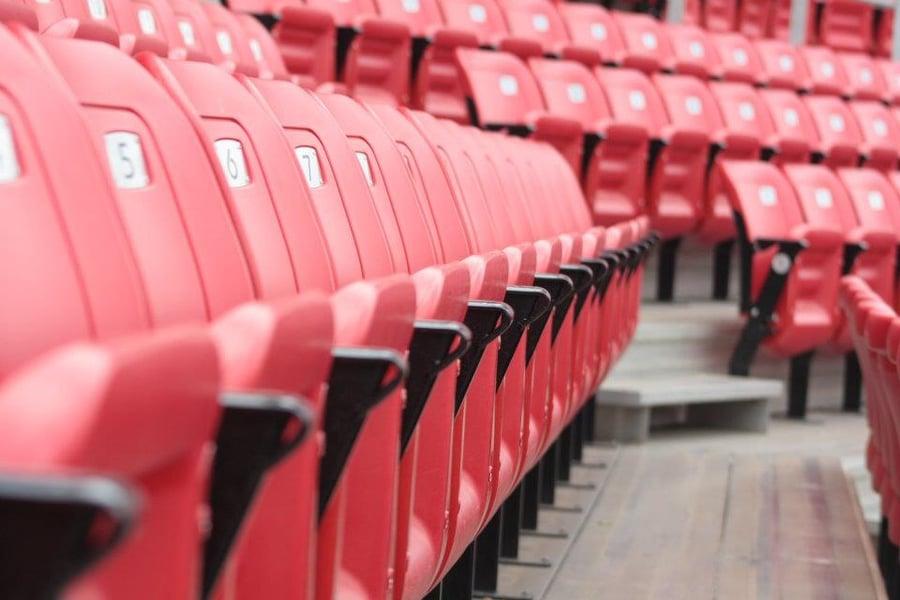 stadium-chairs_t20_b10eom